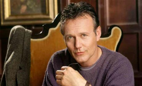 Anthony Head to Play Monarch on The Selection