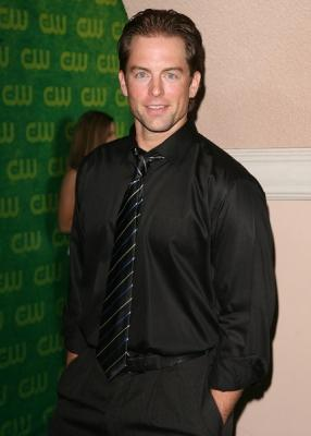 Michael Muhney Image