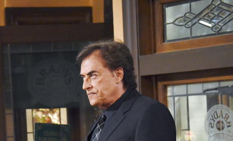 Andre Makes His Presence Known - Days of Our Lives