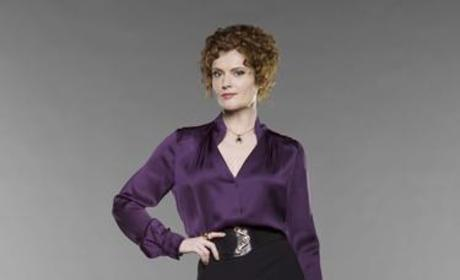 """Rebecca Wisocky Dishes on """"Delicious"""" Devious Maids"""