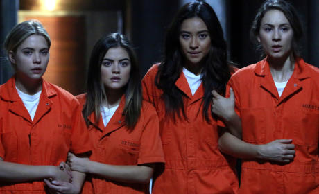 Orange is Their New Black - Pretty Little Liars Season 5 Episode 25