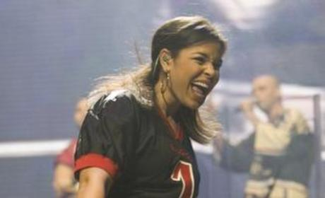 Arizona Fans Flock to See Jordin Sparks