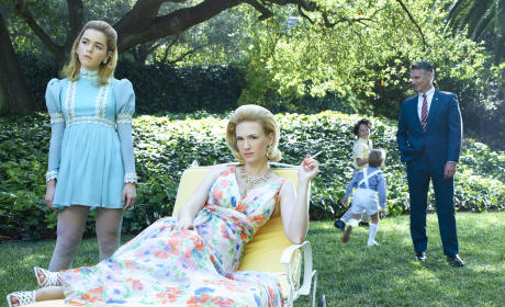 Betty and Family - Mad Men