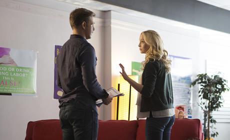 Not Now, Ric! - The Vampire Diaries Season 7 Episode 9