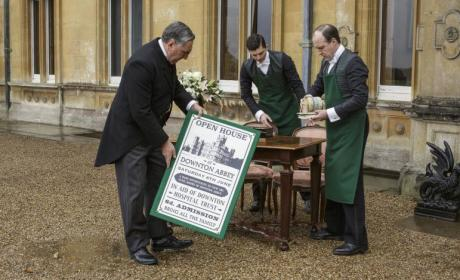 Open House for Charity - Downton Abbey Season 6 Episode 6