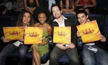American Idol Finalists Attend Vegas Show