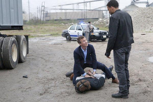 Wes Captures a Suspect