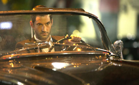 Lucifer Season 1 Episode 1 Review: Not Running with this Devil
