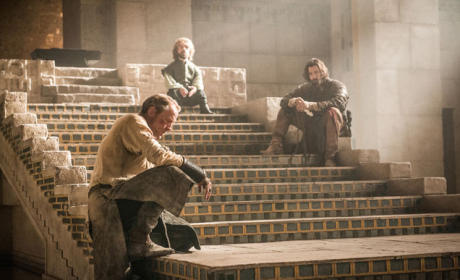 Daenerys is Missing - Game of Thrones Season 5 Episode 10