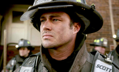 Chicago FIre: Watch Season 2 Episode 22 Online