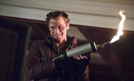 Another Shot of Anarky - Arrow Season 4 Episode 10