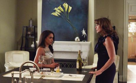 Mother Daughter Bonding - Suits Season 5 Episode 9