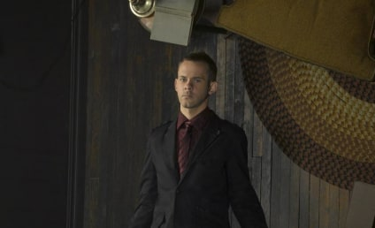 """Dominic Monaghan Dishes on """"Messed Up"""" FlashForward Character"""