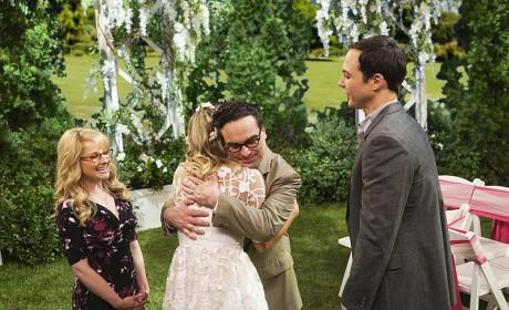 The Beautiful Couple - The Big Bang Theory Season 10 Episode 1
