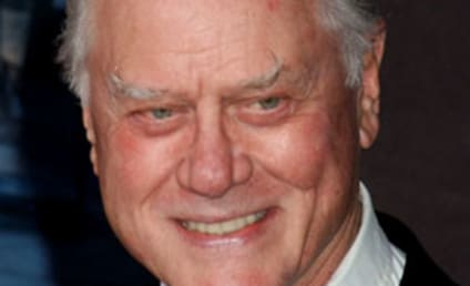 Larry Hagman to Romance Lynette's Mother on Desperate Housewives