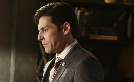 Jordan Belfi on Scandal Season 4 Episode 18
