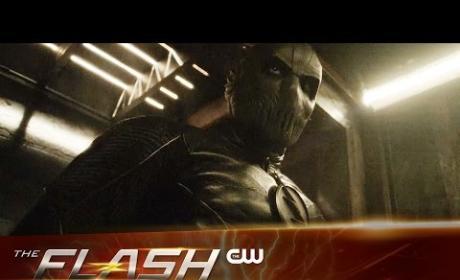 The Flash Season 2 Episode 14 Promo: Escape from Earth-2