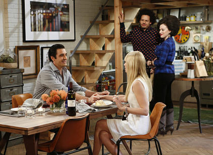 Watch 2 Broke Girls Season 3 Episode 17 Online
