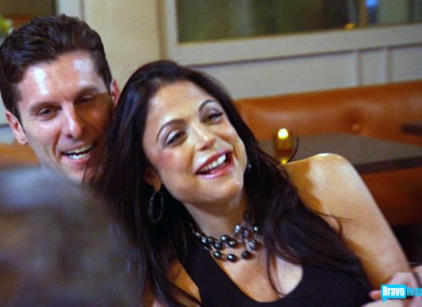 Watch Bethenny Getting Married Season 1 Episode 4 Online