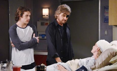 Steve Moves Back Home - Days of Our Lives