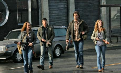 "Supernatural Clip, Pics from ""Abandon All Hope"""
