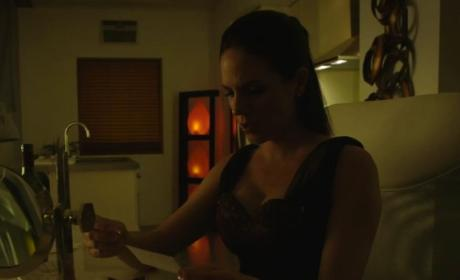 Lost Girl: Watch Season 4 Episode 4 Online