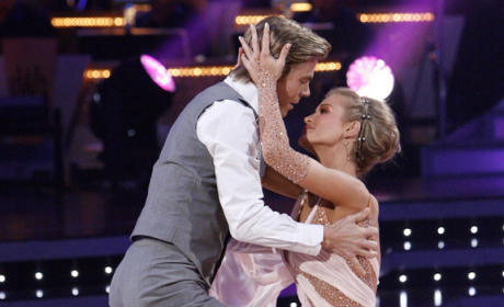 Dancing With the Stars Summary: Week Nine