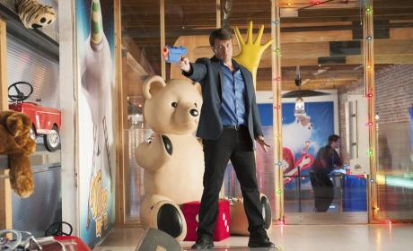 Castle Photo Gallery: Death in a Toy Store