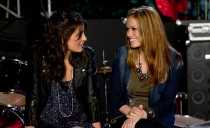 "Life Unexpected Review: ""Music Faced"""