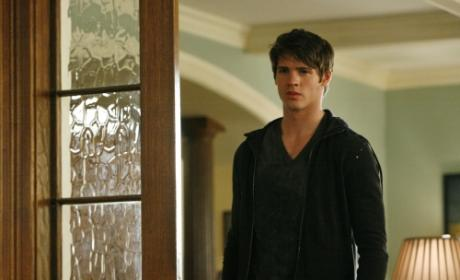 Will Jeremy Sacrifice Himself on The Vampire Diaries?