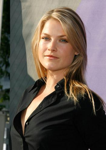 ALi Larter, Press Pic