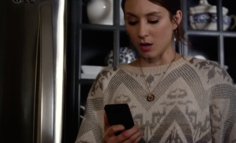 Pretty Little Liars Sneak Peek: Ghosts Don't Type