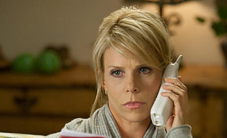 Cheryl Hines Cast as Kitty's BFF on Brothers & Sisters
