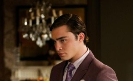 Gossip Girl Spoilers: Is Chuck's Mother Alive?