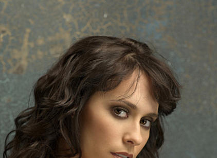 Watch The Ghost Whisperer Season 5 Episode 4 Online