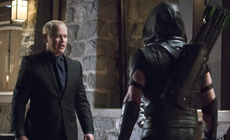Darhk and Green Arrow Season 4 Episode 10