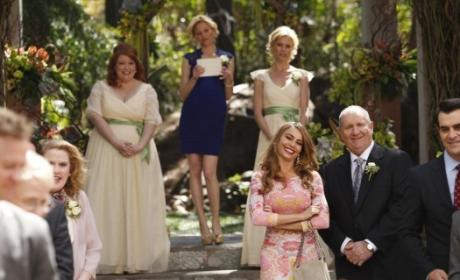 Modern Family: Watch Season 5 Episode 23 Online