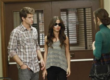 Watch Pretty Little Liars Season 2 Episode 23 Online