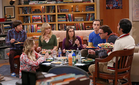 The Big Bang Theory Photo Preview: Table Troubles