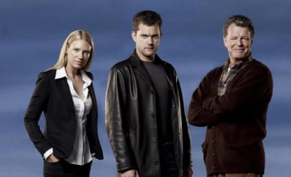Fringe Season Premiere Scoop: A Death and Two Kisses!
