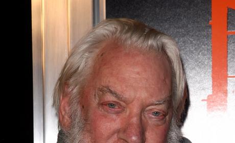 Donald Sutherland Signs on for Fox Sitcom Pilot