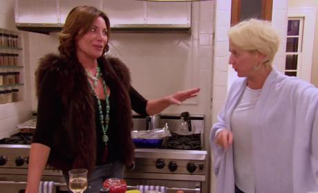 Watch The Real Housewives of New York City Online: Season 8 Episode 9