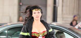 Wonder Woman in Action: Adrianne Palicki Set Shots