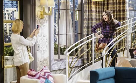 Watch 2 Broke Girls Online: Season 5 Episode 12