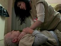 A Tittin' and A Hairin' - Orange is the New Black Season 3 Episode 10