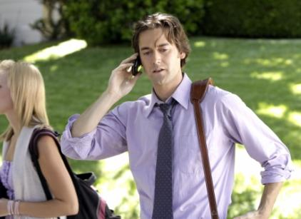 Watch 90210 Season 3 Episode 1 Online