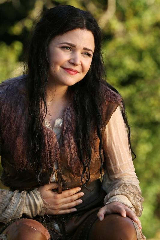 Ginnifer Goodwin (Snow White/Mary Margaret)