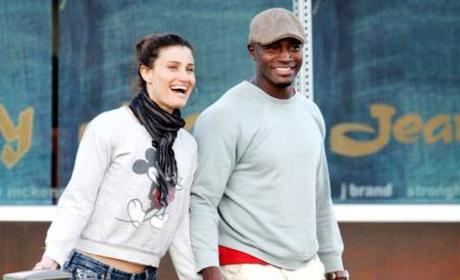Taye Diggs, Idina Menzel Out For a Stroll
