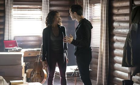 Save Me! - The Vampire Diaries Season 7 Episode 19