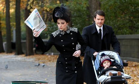 Gossip Girl Set Photos: Georgina in Black!